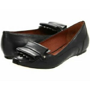 Elizabeth & James Black Gavin Loafers 9